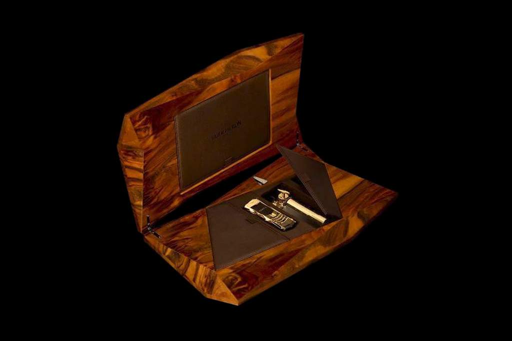 Vertu Signature Boucheron Diamond and VIP Wood Box