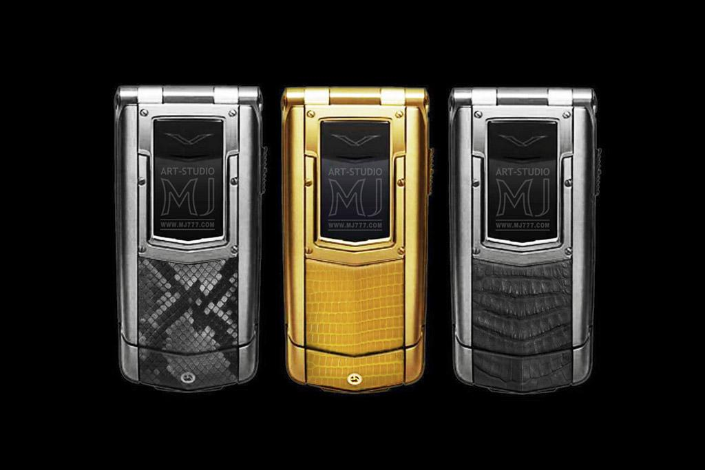VERTU CONSTELLATION AYXTA EXOTIC LEATHER LIMITED EDITION by MJ  - Unique Jeweler Mobile Phones Vertu. Genuine Leather. Python, Varan & Crocodile Cayman Skin